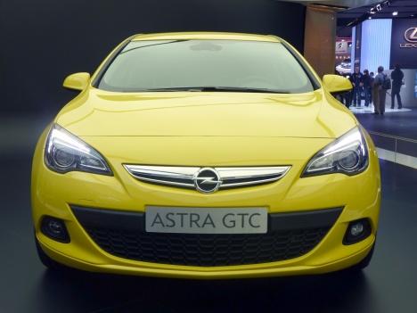 IAA 2011. Astra GTC 2012