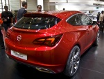 PIMS 2010. Opel Astra GTC Paris Concept